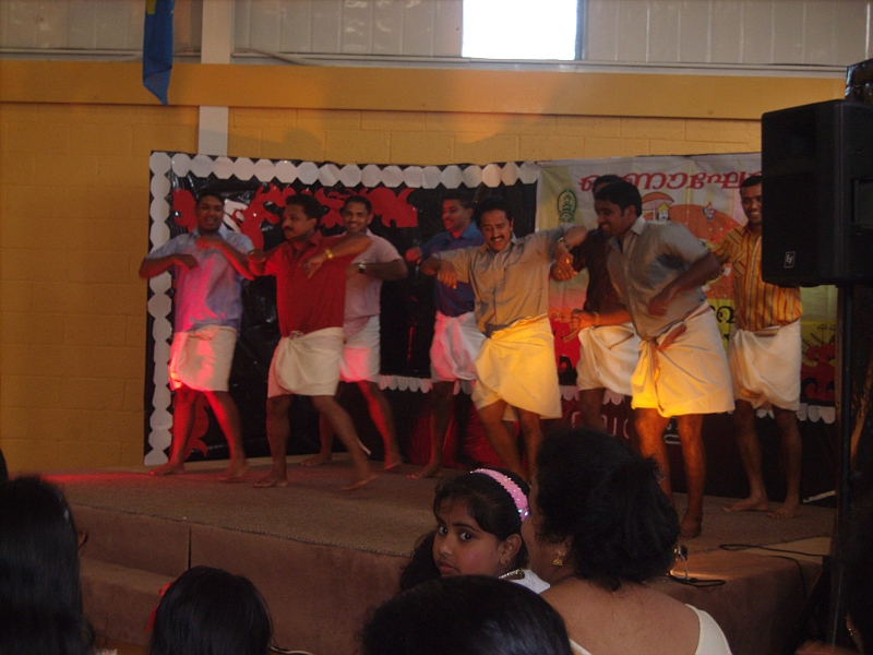 Laxmi in Ireland/Mallu Boys Dancing for Treditional song